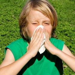 Niño con alergias