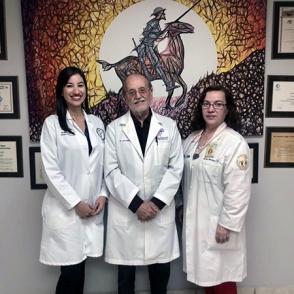 Dra. Yanira Arce, Dr. Luis Torres Vera y la Dra. María Álvarez