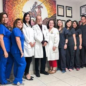 Dr Luis Torres Vera - Staff Completo