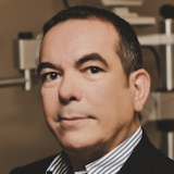Dr. Emilio Arce Lopez - Oftalmólogo