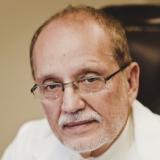 Dr. Luis Torres Vera - Perfil